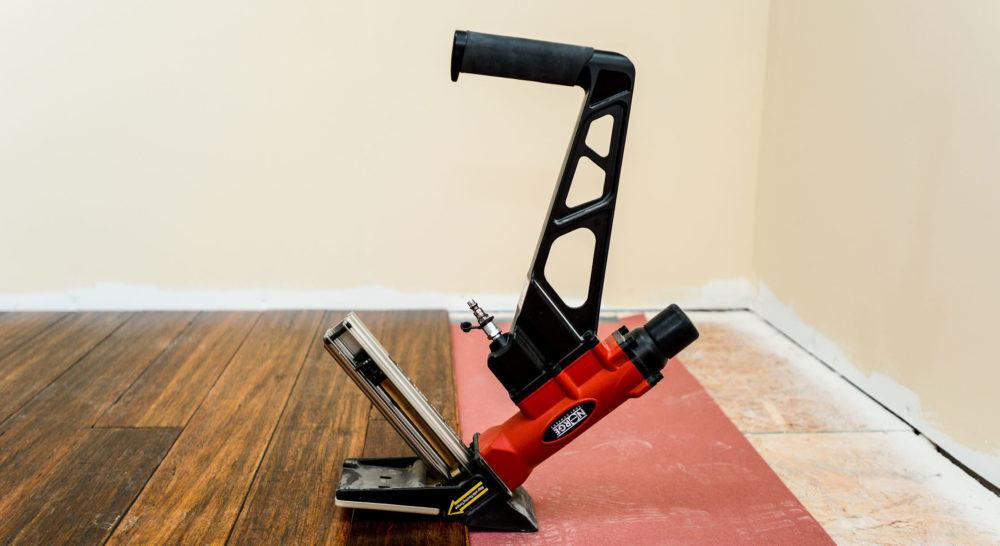 Installation Hardwood Floor 1 E1505419492416